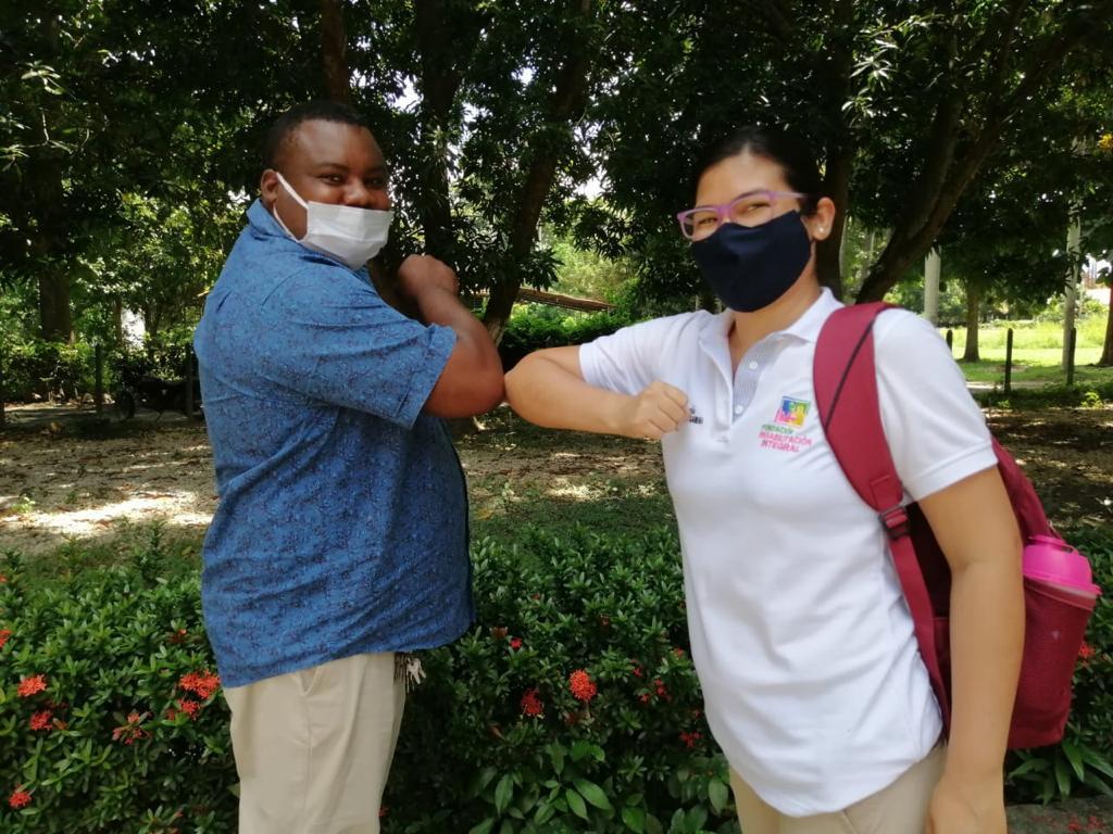Primer taller de acercamiento a la Lengua de Señas Colombiana con funcionarios